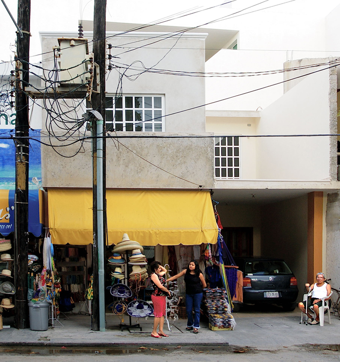 2004-10-09 - Cozumel Mexico - Street Scene
