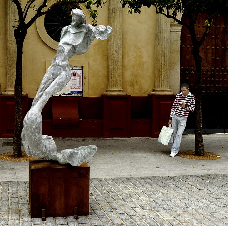 2008-10-28 - Sevilla - Salvador Dali Statue - Printed