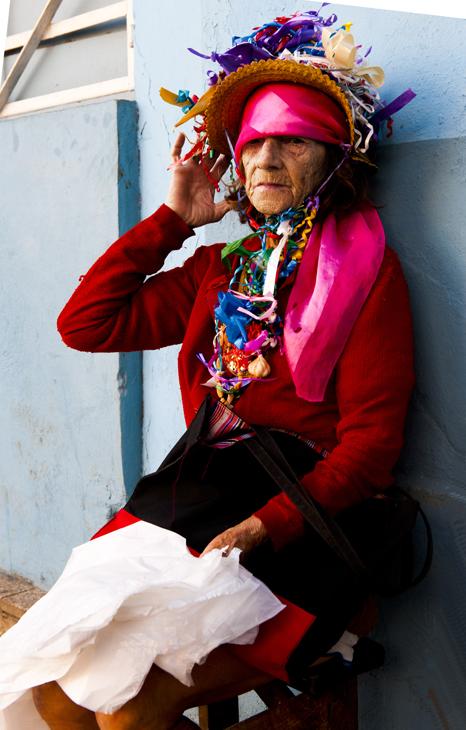 2011-12-03 - Havana - Garishly Dressed Lady on Street
