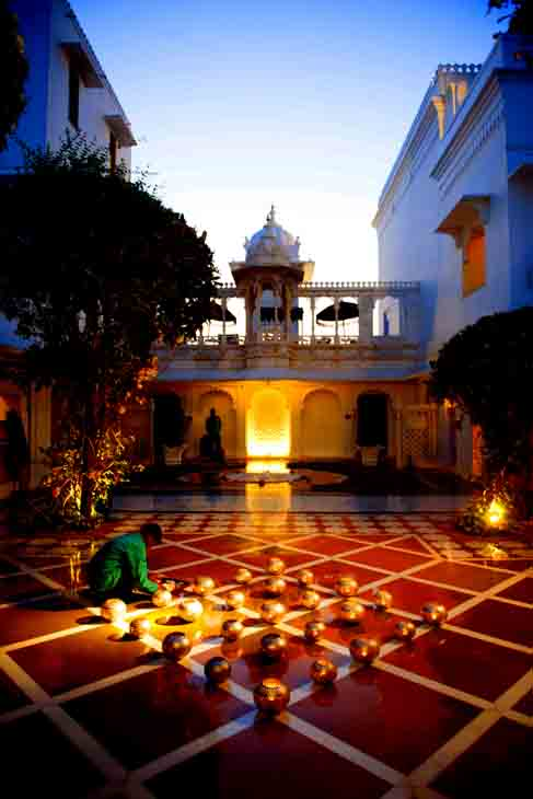 2013-03-17 - Udaipur - Taj Lake Palace Hotel - 10